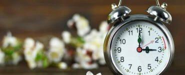 zmena času, hodiny